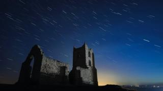 Церква і зірки