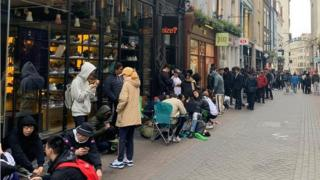 Queues outside Size in Carnaby Street