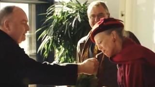 Image of the Danish Queen smoking