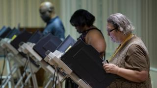 Voters cast electronic ballots as polls open in Ohio
