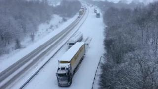 Lorry stuck in snow on A46 near Lincoln