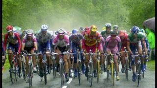 Steam rises from the pack stage 10 of the Tour de France 2000