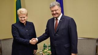 Петро Порошенко і Даля Грібаусайте