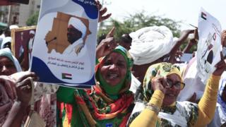 in_pictures Supporters of ex-President Omar al-Bashir demonstrating in Khartoum, Sudan - Saturday 16 November 2019