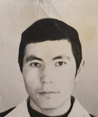 1981-жылы 18 жашында аскер кызматына чакырылган Орозалы азыр 56 жашка чыгып калды