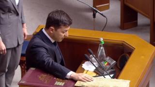 Volodymyr Zelensky, taking oath, 20 May 19