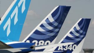 Самолеты Airbus и Boeing на аваисалоне
