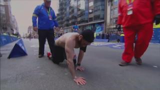 Marinac puzeći završio maraton u čast poginulih drugova
