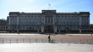in_pictures Buckingham Palace 24 March 2020