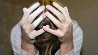тынчсыздануусу жана депрессия