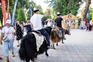 кыргыз көчү