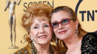 Debbie Renyolds and her daughter Carrie Fisher