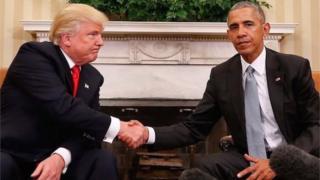 Le président Obama n'a pas nommément cité son successeur Donald Trump, très critiqué pour ses tweets.