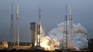 A United Launch Alliance Atlas 5 rocket lifts off from launch complex 41 at the Cape Canaveral Air Force Station,