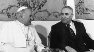 Đức Giáo hoàng người Ba Lan, John Paul II và TBT Edward Gierek năm 1979