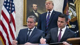 El acuerdo fue firmado en la Casa Blanca por el ministro del Interior de Guatemala, Enrique Degenhart, y el secretario de Seguridad Nacional de EE.UU. Kevin McAleenan.