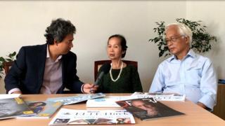 Chuyên gia Phạm Chi Lan (giữa) và Giáo sư Chu Hảo (phải)