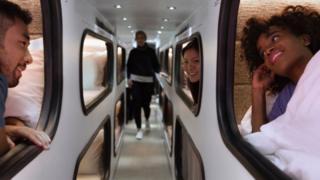 Ônibus com cabines