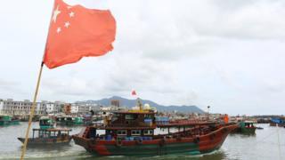 Barcos de pescadores chinos.