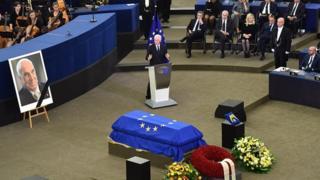 Біл Клінтон на прощанні з колишнім канцлером