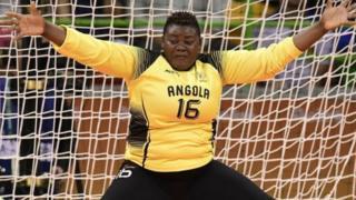 La gardienne de l'Angola a joué un grand rôle dans la victoire de son équipe
