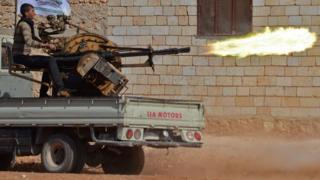 Suriyeli muhalifler (Arşiv fotoğrafı)