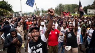 Aksi demonstrasi menentang rasialisme