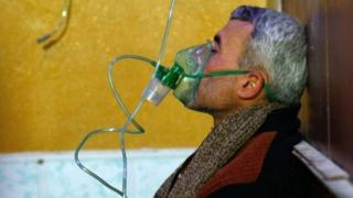 التقارير تفيد بوقوع هجوم بغاز الكلورين في الغوطة الشرقية مؤخرا