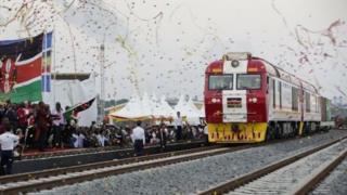 السكك الحديدية الجديدة تربط بين العاصمة وميناء مومباسا