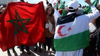 Le cargo chargé de phosphates extraits du territoire disputé du Sahara occidental y est bloqué depuis le mois dernier.