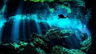 كهوف غامضة تحت الماء بالمكسيك تعود لـ 66 مليون عام
