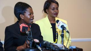 Margaret Mwachanya, Kamishna wa IEBC (kushoto)