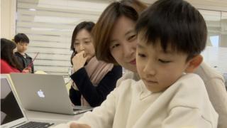 '진저티프로젝트'는 아이를 일터로 데려올 수 있는 회사다