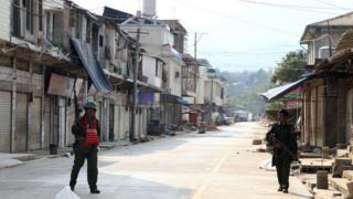 Myanmar soldiers patrol in Laukkai, the main city in the Kokang region of Shan state, on 16 February, 2015.