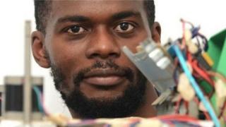 La w. Afate est la première imprimante africaine open source 100% recyclage