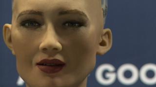 робот жінка і її правда