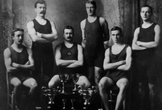 Bank of England Liverpool Swimming Team, 1906-1907