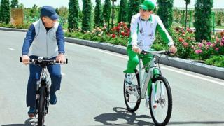 Shavkat Mirziyoyev va Gurbanguli Berdimuhammedov