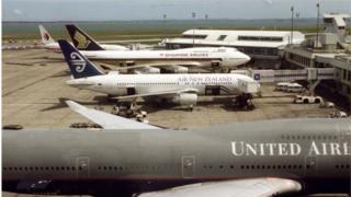دستکم ۲۷ پرواز بینالمللی و داخلی در فرودگاه آکلند در شنبه و یکشنبه لغو شدهاند
