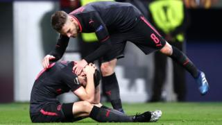 Aaron Ramsey and Granit Xhaka of Arsenal looks dejected after the UEFA Europa League Semi Final second leg match between Atletico Madrid and Arsenal FC at Estadio Wanda Metropolitano on May 3, 2018 in Madrid, Spain.