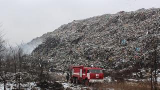 Звалище твердих побутових відходів в с. Макухівка, Полтавщина, січень 2018 року