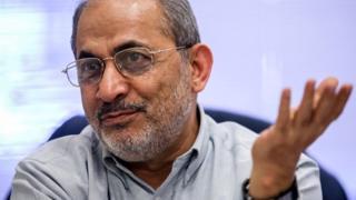 محس رفیقدوست: احمدی نژاد تعادل ندارد