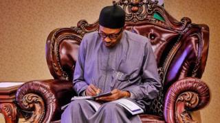 President Muhammadu Buhari wan put internet evriwia for Nigeria