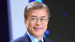 Moon Jae-in, the presidential candidate of the liberal Democratic Party of Korea, attends a joint debate forum for presidential candidates at a TV station in Seoul, South Korea, 2 May 2017