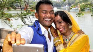 لالیتا و راوی این هفته در مومبای ازدواج کردند