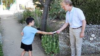 Мэтт Хулиан собрал 3 тысячи фунтов на лечение рака в память о своем отце.