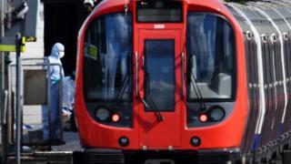 بمبگذاری لندن