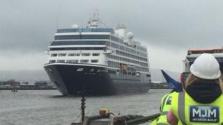 Cruise ship in Belfast
