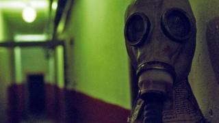 Máscaras de gás estilo soviético