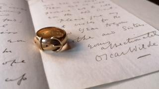 Oscar Wilde ring and letter